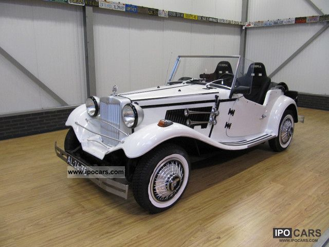1968 MG  TD Automatic Replica! Cabrio / roadster Classic Vehicle photo