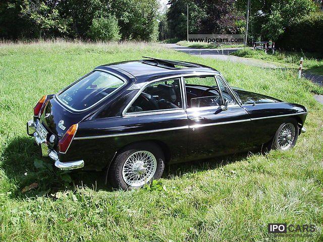 mg mgb gt car photo  specs