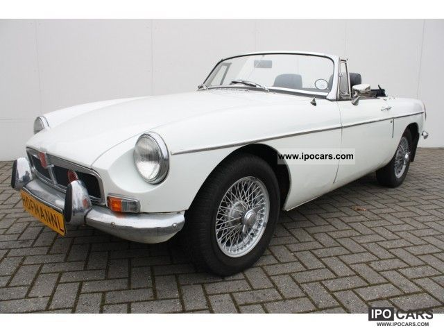 MG  B 1.8 1972 Vintage, Classic and Old Cars photo