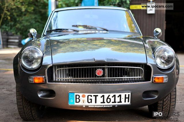 MG  MGB 1974 Vintage, Classic and Old Cars photo