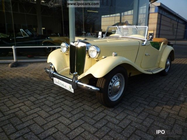 MG  TD LHD \ 1952 Vintage, Classic and Old Cars photo