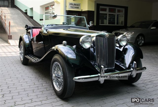 1951 MG  TD LH Cabrio / roadster Classic Vehicle photo
