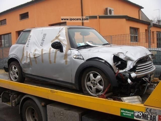2007 MINI  Cooper INCIDENTATA AIR BAG OK Small Car Used vehicle photo