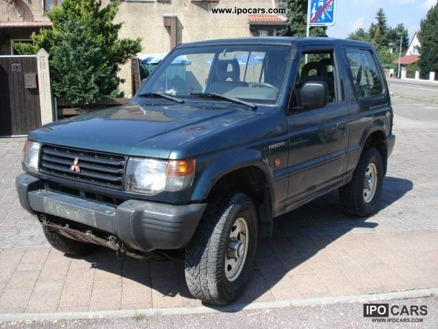 1997 Mitsubishi  Pajero 2500 TD GL Off-road Vehicle/Pickup Truck Used vehicle photo