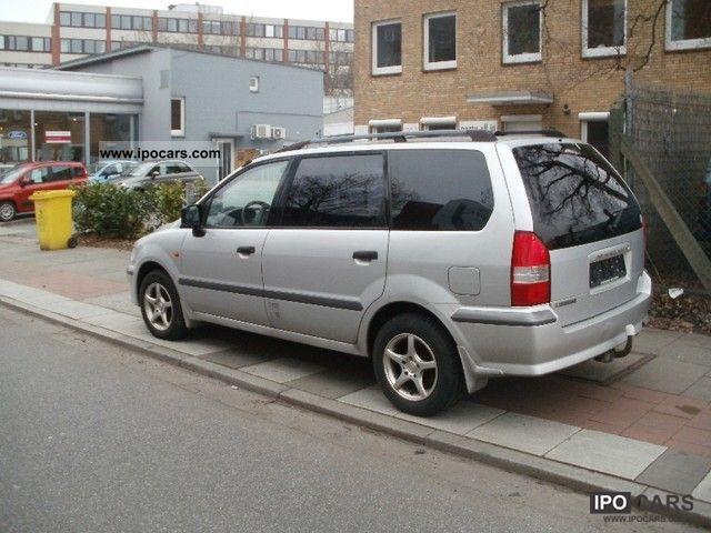 2002 mitsubishi space wagon 2 4 gdi air car photo and specs. Black Bedroom Furniture Sets. Home Design Ideas