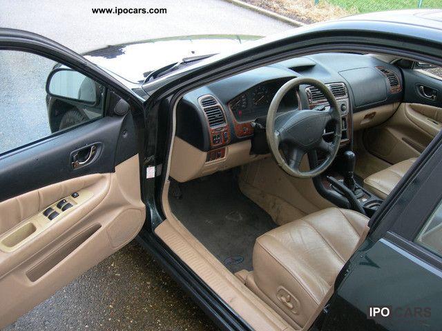 1999 Mitsubishi  Galant V6 Sport 2500 Limousine Used vehicle photo