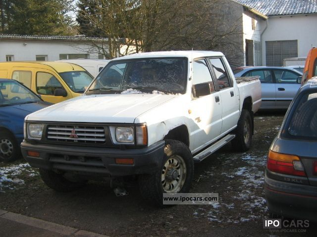 1995 Mitsubishi  L200 4x4 Off-road Vehicle/Pickup Truck Used vehicle photo