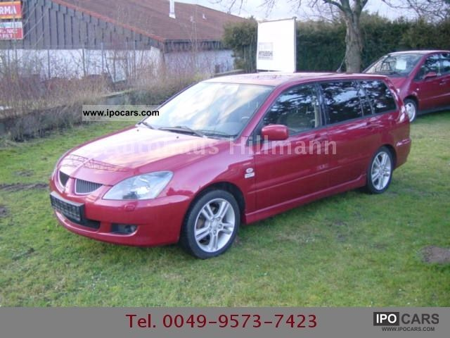 2004 Mitsubishi  Lancer 1.6 Sport Estate Car Used vehicle photo