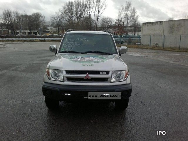 2002 mitsubishi pajero pinin 2 0 gdi 4x4 comfort ii car photo and specs. Black Bedroom Furniture Sets. Home Design Ideas