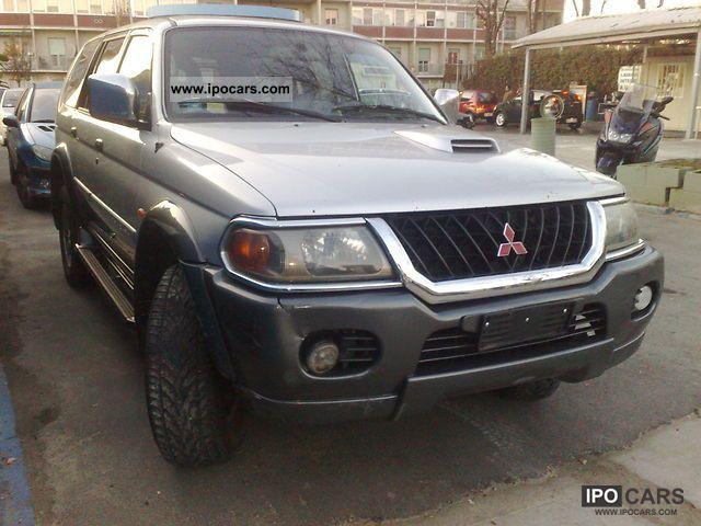 2003 Mitsubishi  Pajero Off-road Vehicle/Pickup Truck Used vehicle photo