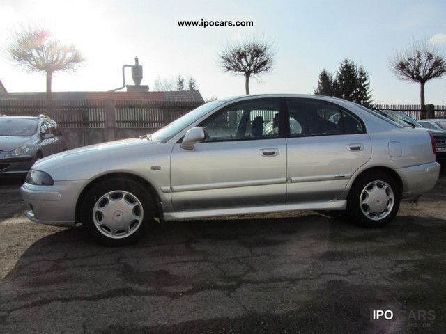 2004 Mitsubishi  Carisma 1.8 GDI Automatic Comfort, climate Limousine Used vehicle photo