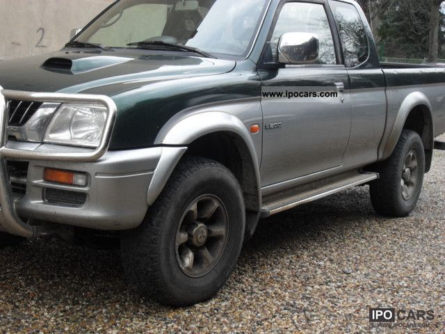 2000 Mitsubishi  L200 Magnum 4x4 1/2 Cabin Off-road Vehicle/Pickup Truck Used vehicle photo