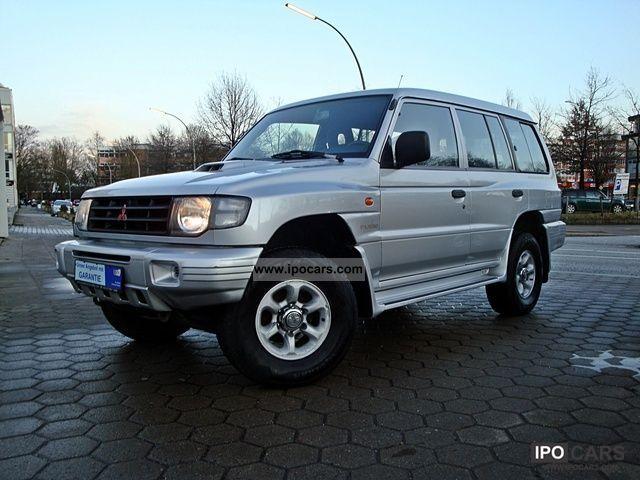 2002 Mitsubishi  Pajero 2.5 DI-D * Climate * Aluminum * AHK * 7 seats * 1 hand * Off-road Vehicle/Pickup Truck Used vehicle photo