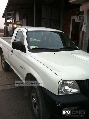 2005 Mitsubishi  L200 pickup four ruote motrici cassone 210cm Off-road Vehicle/Pickup Truck Used vehicle photo