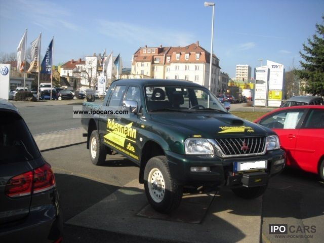 2005 Mitsubishi  L200 with spill Off-road Vehicle/Pickup Truck Used vehicle photo