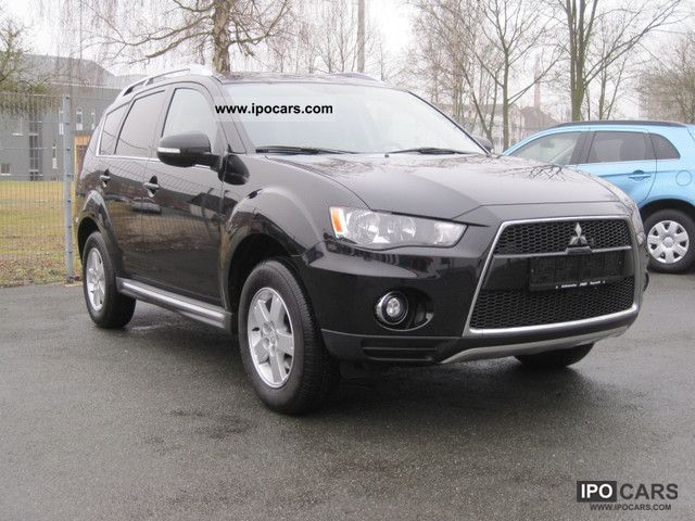 2010 Mitsubishi  2.0 2WD Outlander Invite Limousine Used vehicle photo