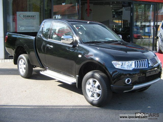 2011 mitsubishi l200 pick up 4x4 invite club cab air conditioning car photo and specs. Black Bedroom Furniture Sets. Home Design Ideas