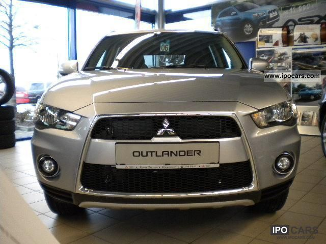 2012 Mitsubishi  Outlander 2.2 DI-D 2.2 DI-D 2WD Motion Off-road Vehicle/Pickup Truck Demonstration Vehicle photo
