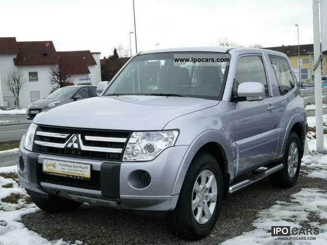 2011 mitsubishi pajero 3 2 di d invite euro 5 car photo and specs. Black Bedroom Furniture Sets. Home Design Ideas