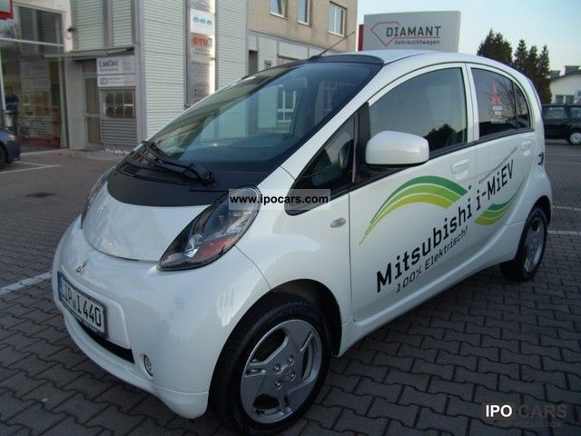 Mitsubishi  Electric car 2011 Electric Cars photo
