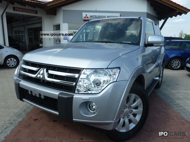 2011 Mitsubishi  Pajero 3.2 DI-D Intense * NOW * AT 2011 Off-road Vehicle/Pickup Truck New vehicle photo