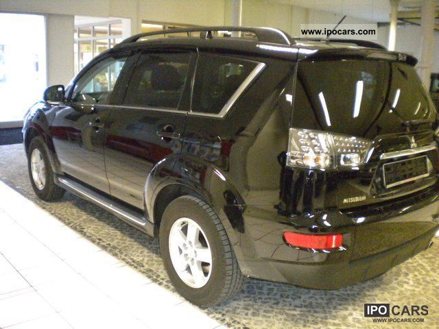 2012 Mitsubishi Outlander 4WD Instyle - Car Photo and Specs