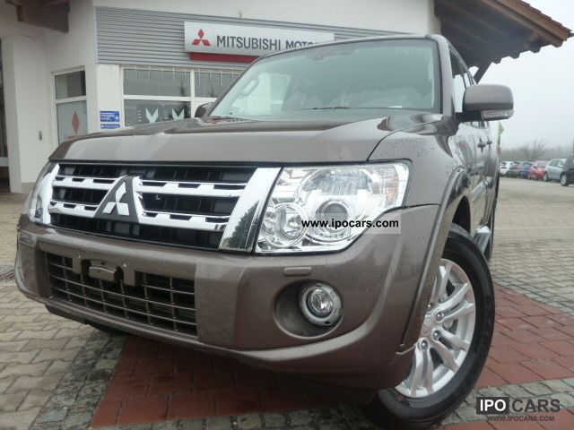 2012 mitsubishi pajero 3 2 di d 5 door at instyle mj2012 immediately car photo and specs. Black Bedroom Furniture Sets. Home Design Ideas