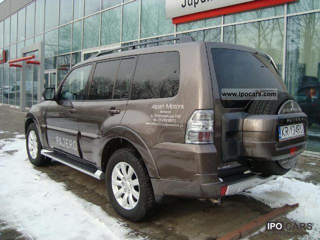 2011 mitsubishi pajero 3 2 instyle car photo and specs. Black Bedroom Furniture Sets. Home Design Ideas