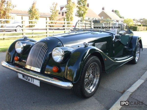 2003 Morgan Plus 8 Convertible 40 V8  only 15300 km  Leather