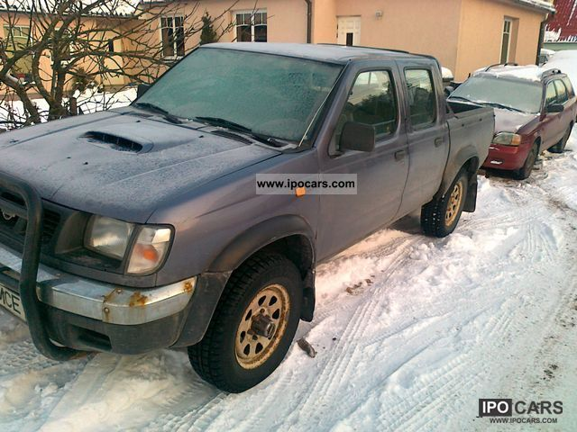 1999 Nissan Pick Up 4WD Navara Off Road Vehicle Pickup Truck