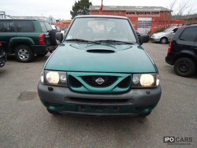 2001 nissan terrano 2 7 tdi sport car photo and specs. Black Bedroom Furniture Sets. Home Design Ideas