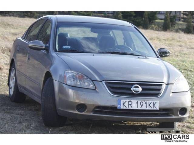 2002 Nissan  Altima Limousine Used vehicle photo