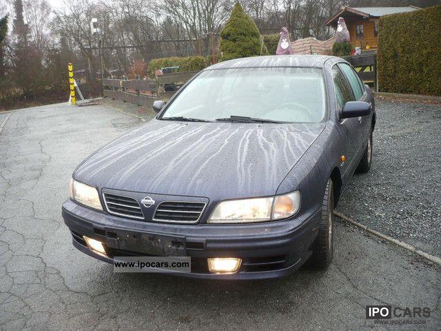 1999 Nissan  Maxima QX 3.0 V6 manual Schckheft. Limousine Used vehicle photo