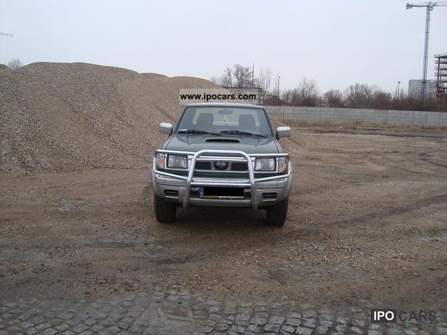 2001 Nissan  Navara Off-road Vehicle/Pickup Truck Used vehicle photo