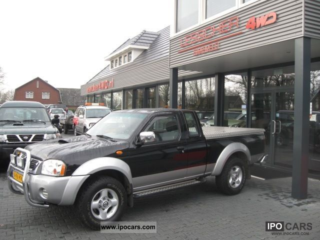 2004 Nissan Navara 2 5 Di King Cab 4wd Car Photo And Specs