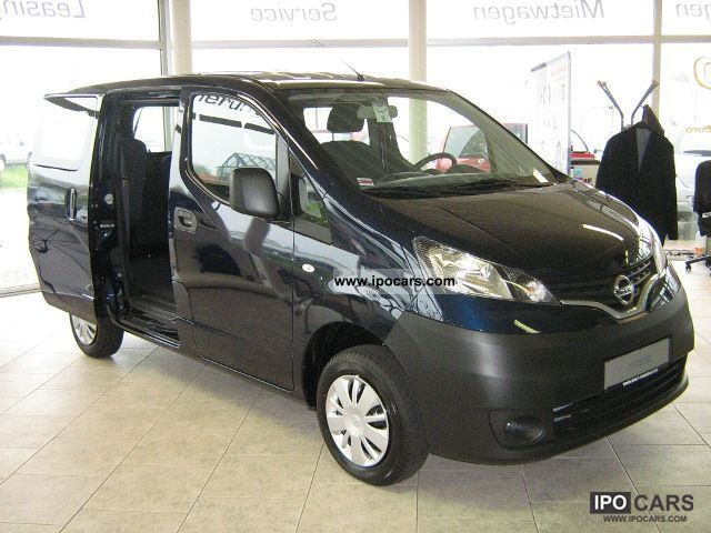 2010 nissan nv200 combi premium car photo and specs. Black Bedroom Furniture Sets. Home Design Ideas
