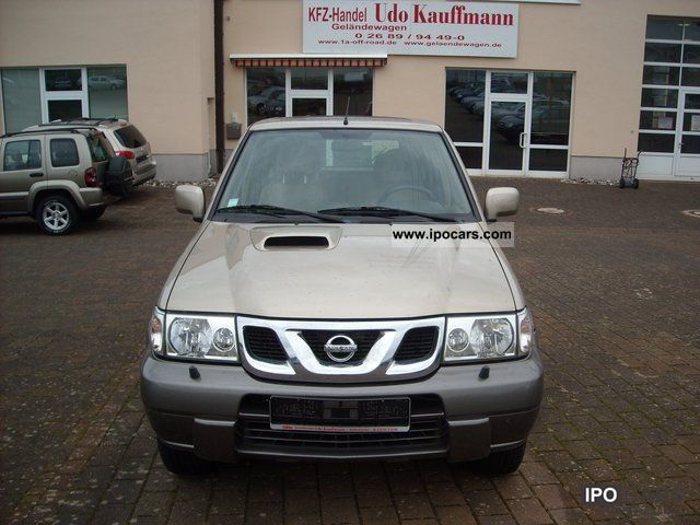 2004 Nissan  Terrano diesel Off-road Vehicle/Pickup Truck Used vehicle photo