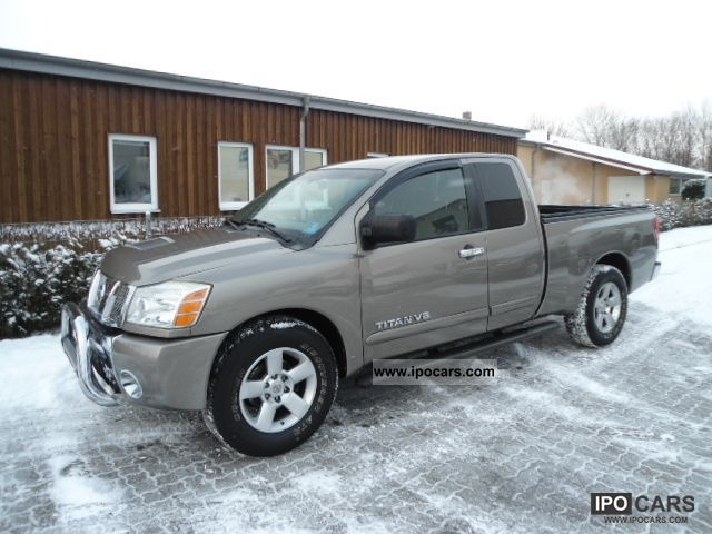 2006 Nissan Pickup Off Road Vehicle Truck Used Photo