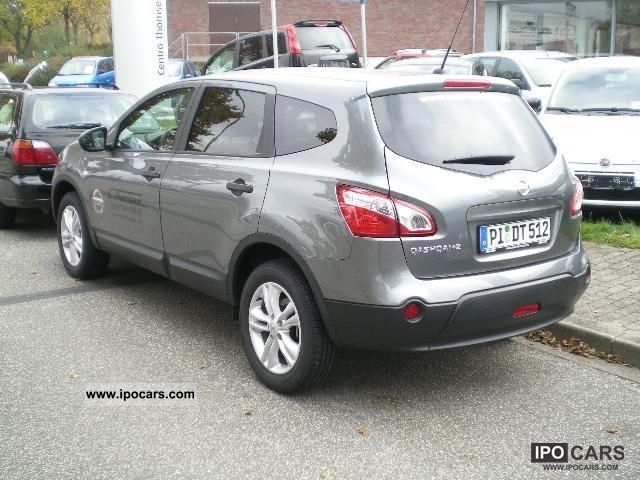 2011 nissan qashqai 2 visia 2 0 7 seater car photo and specs. Black Bedroom Furniture Sets. Home Design Ideas