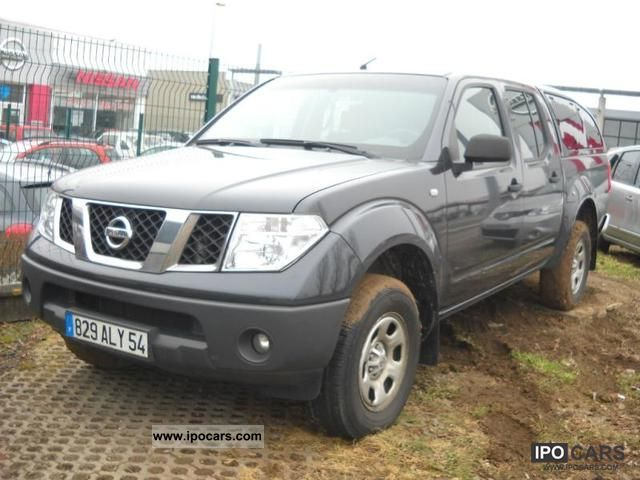 2009 Nissan  Dble Cab Navara 2.5 dCi171 XE Limousine Used vehicle photo