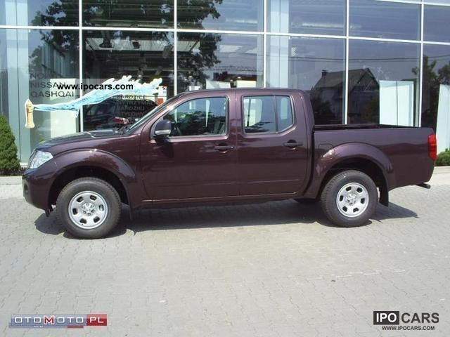 2011 Nissan Navara D C 4x4 Fe Convenience Car Photo And Specs