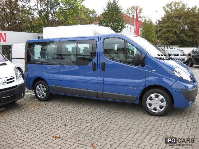 used nissan primastar 9 seater minibus. Black Bedroom Furniture Sets. Home Design Ideas