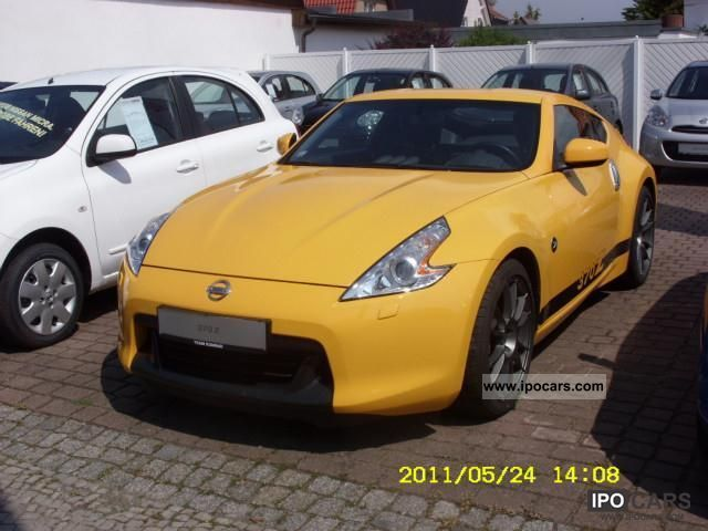 2009 nissan 370z nurburgring edition pack of 80 car photo and specs. Black Bedroom Furniture Sets. Home Design Ideas