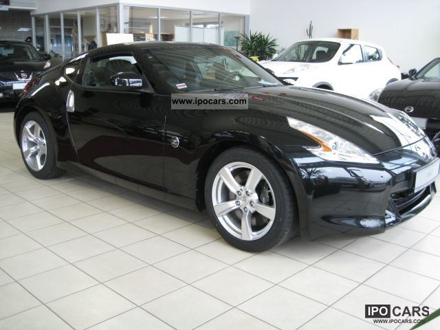 2011 nissan 370z black leather pack car photo and specs. Black Bedroom Furniture Sets. Home Design Ideas