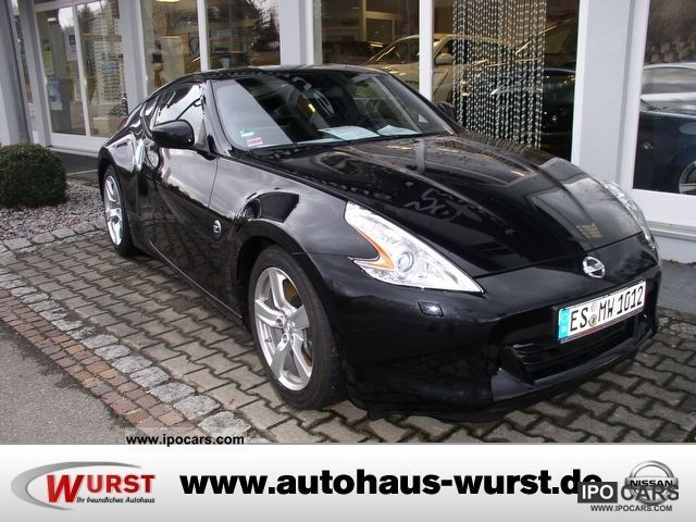 2011 nissan 370z coupe pack car photo and specs. Black Bedroom Furniture Sets. Home Design Ideas
