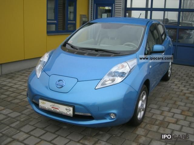 Nissan  LEAF 100% electric, available from April, now 2011 Electric Cars photo
