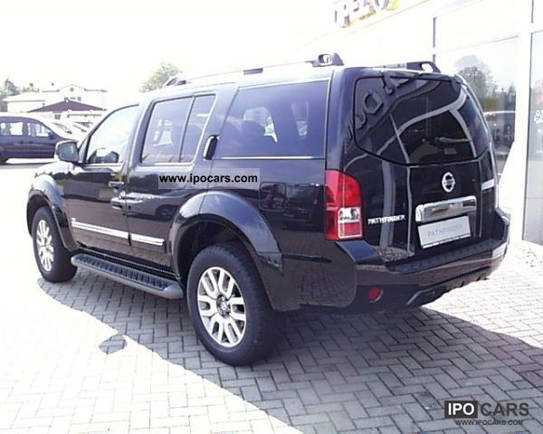 2012 nissan pathfinder 3 0 dci aut le fully equipped car photo and specs. Black Bedroom Furniture Sets. Home Design Ideas