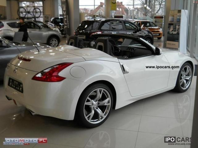 2011 nissan 370z convertible automatic car photo and specs. Black Bedroom Furniture Sets. Home Design Ideas