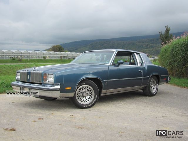 1978 Oldsmobile  Supreme Brougham Sports car/Coupe Classic Vehicle photo