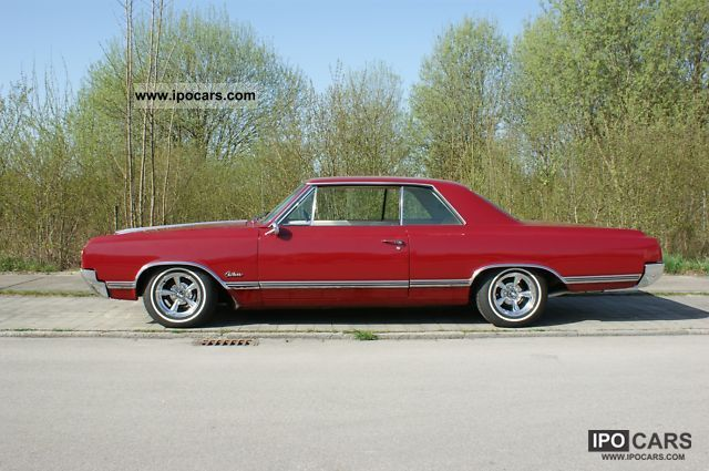 Oldsmobile  Cutlass 330 V8 1965 Vintage, Classic and Old Cars photo